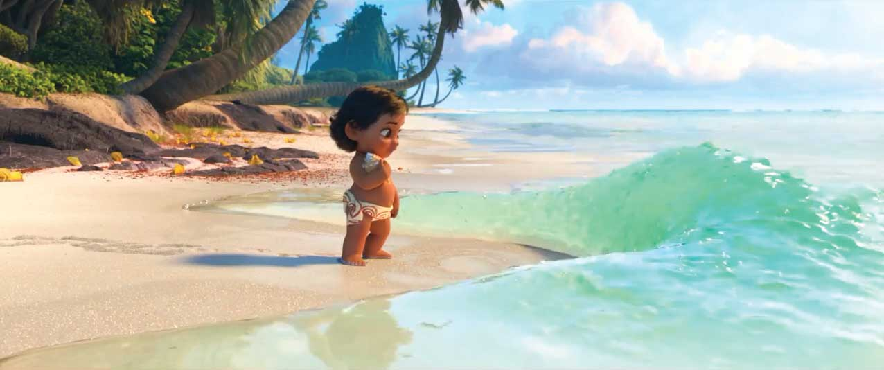 baby_moana_at_the_shors